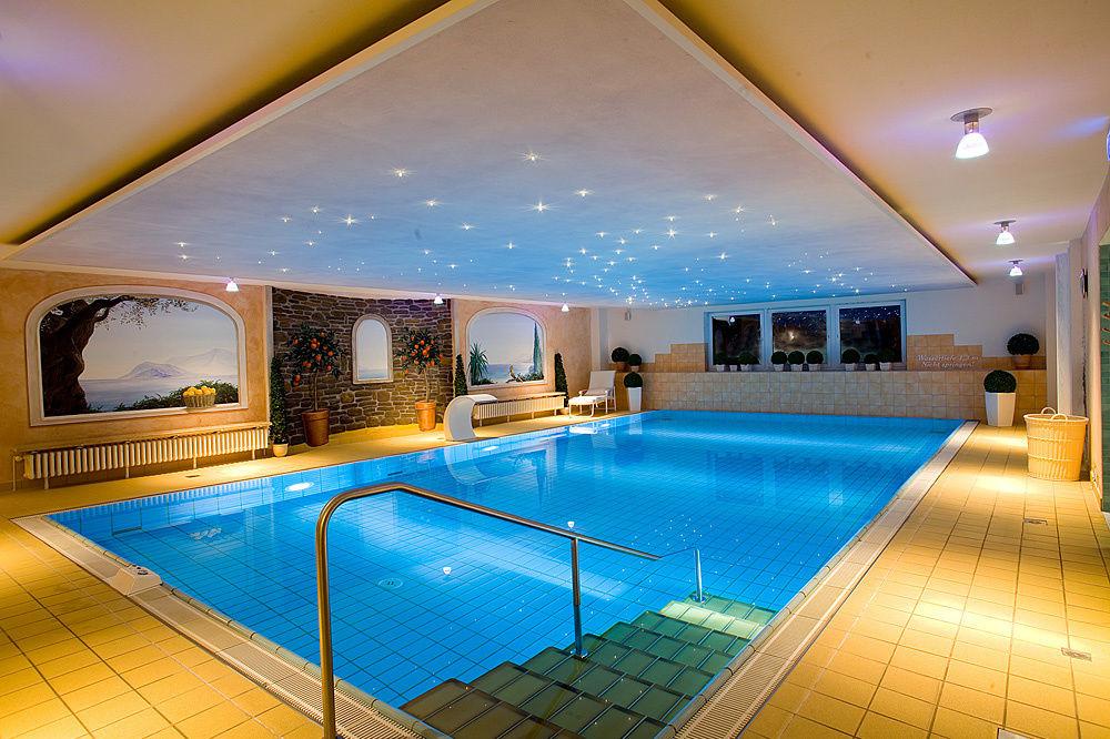 Schwimmbad sauna bad harzburg wellnesshotel for Wellness schwimmbad dusseldorf