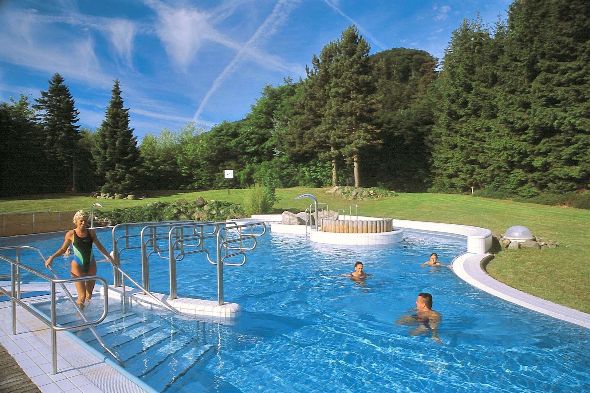 Sole therme bad harzburg therme harz thermen hotel for Hotel harz schwimmbad